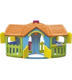 Пластиковый домик с двумя пристройками