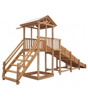 Детская площадка c широкой лестницей